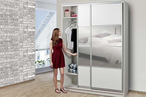 Высота шкафа в спальне