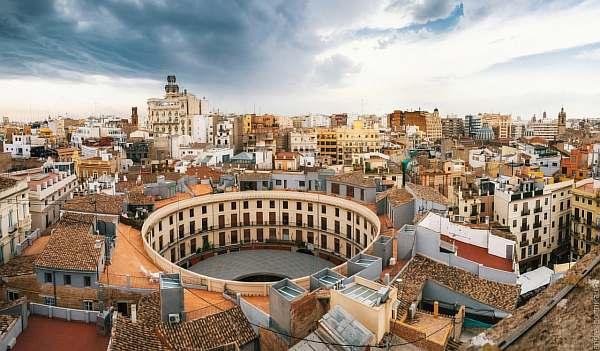 Днем в Валенсии