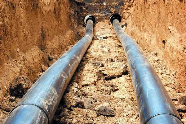 Расстояние от водопровода до канализации
