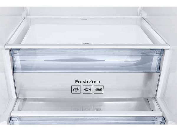 На полке холодильника